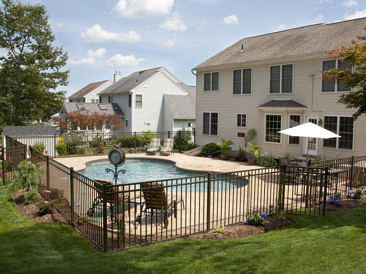 Inspect The Fence Around The Pool Homezada