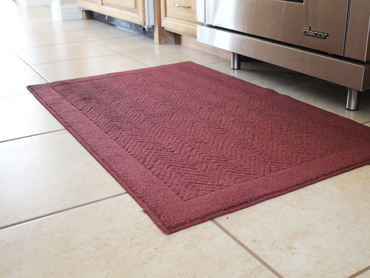 Launder machine-washable throw rugs and runners